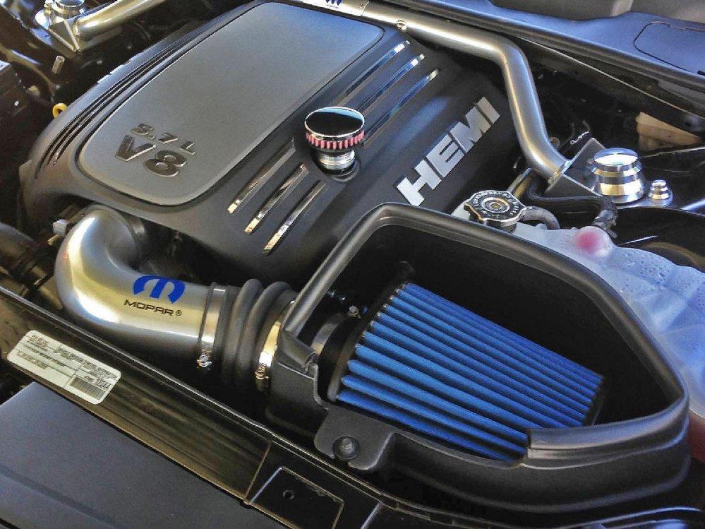 CFM Baffled Billet Valve Cover Breather Kit for '05-15 Chrysler 300C HEMI &  SRT-8