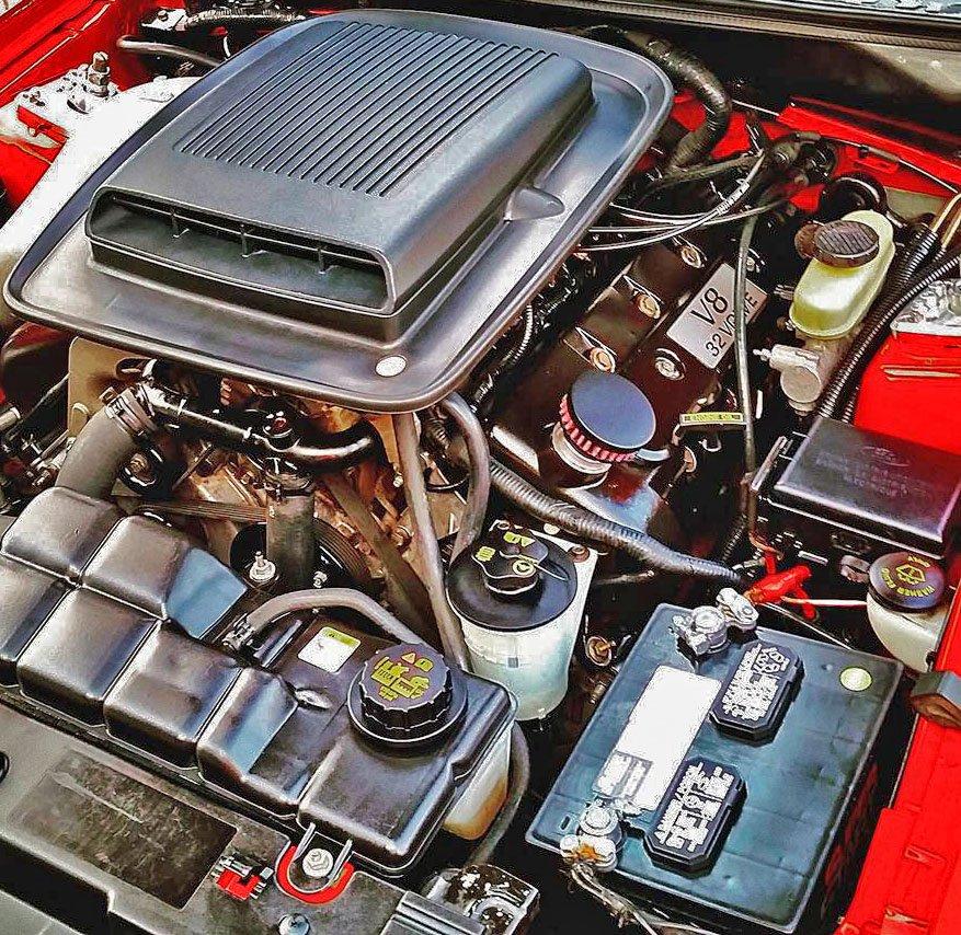 Mustang Mach 1 Supercharger Kit: CFM Baffled Billet Valve Cover Breather Kit For 2003-2004